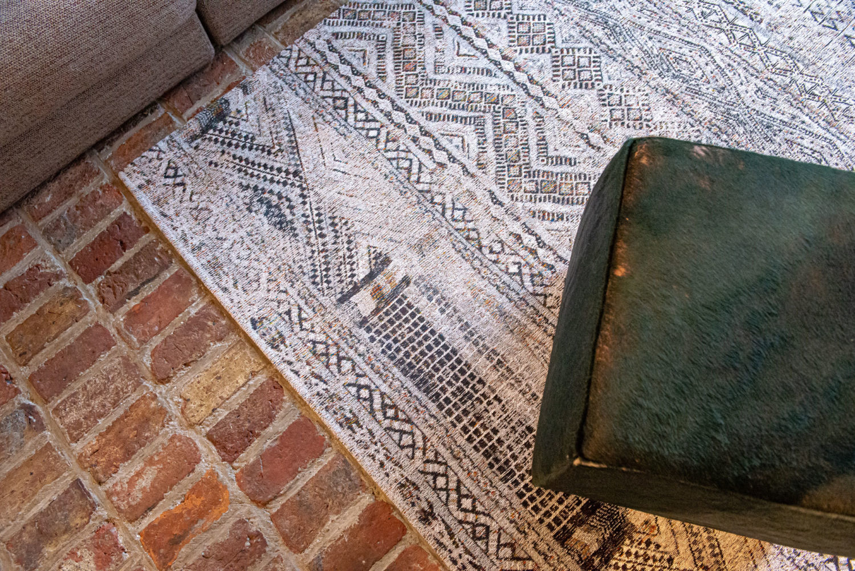 Antiquarian Collection - Medina White 9114