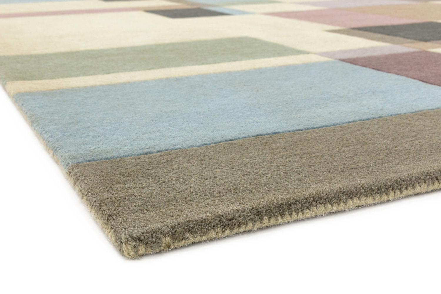Great value modern tufted wool design