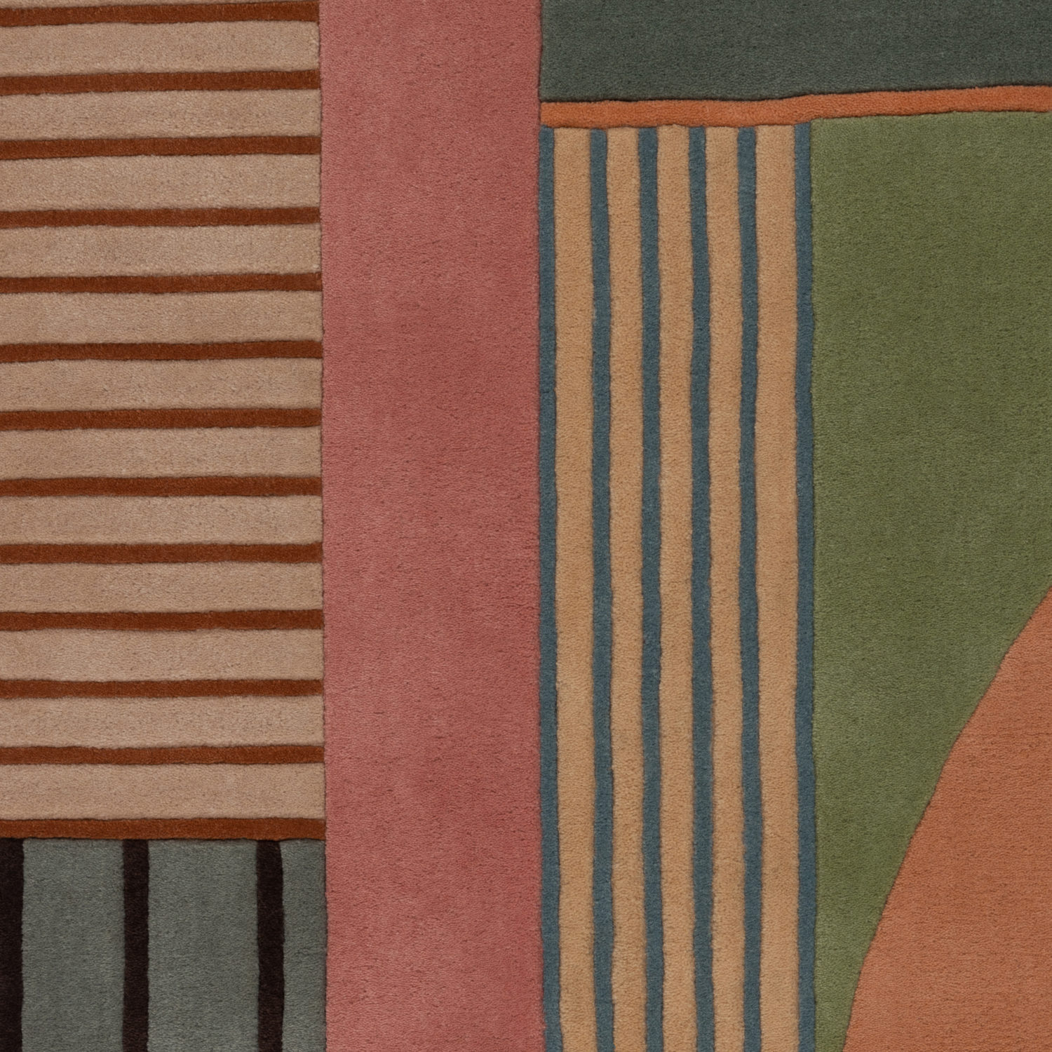 Complimentary colours that emphasise the design