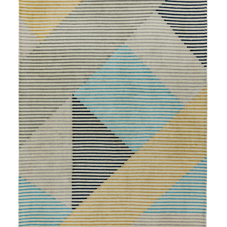 High contrast linear design in a wool loop pile.