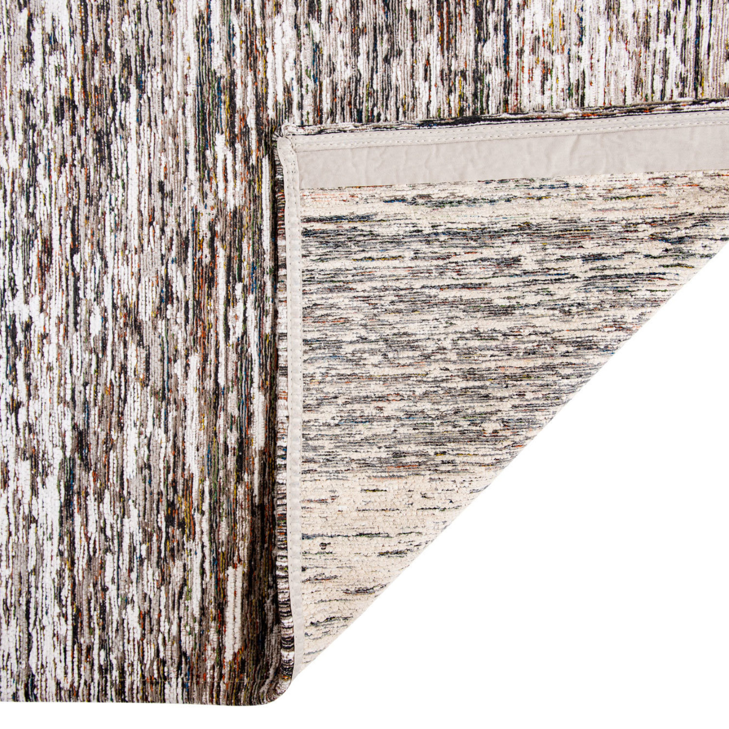 Our Uyuni quality is woven with a mix of yarns