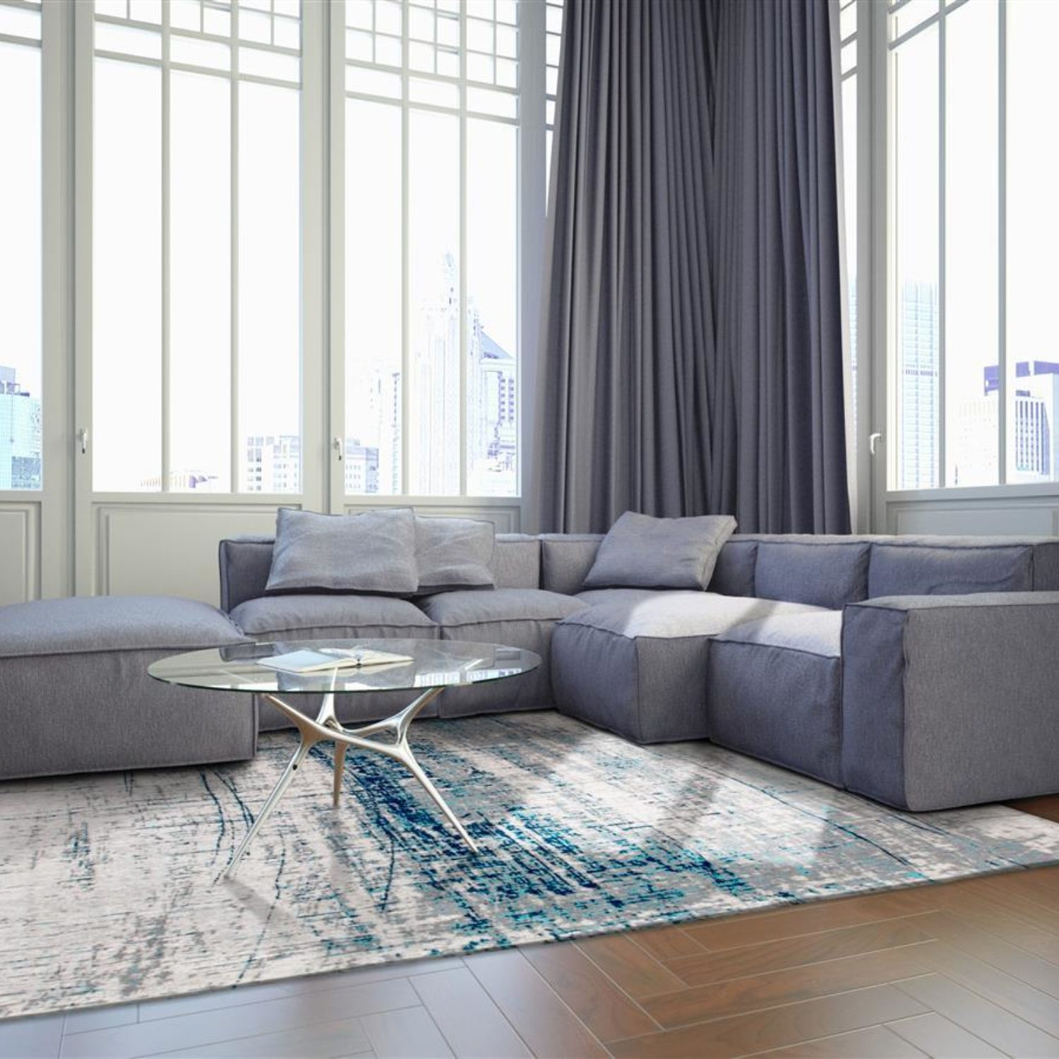The cool shades of blue and indigo perfectlty counterbalance interiors with furniture of warm colours.