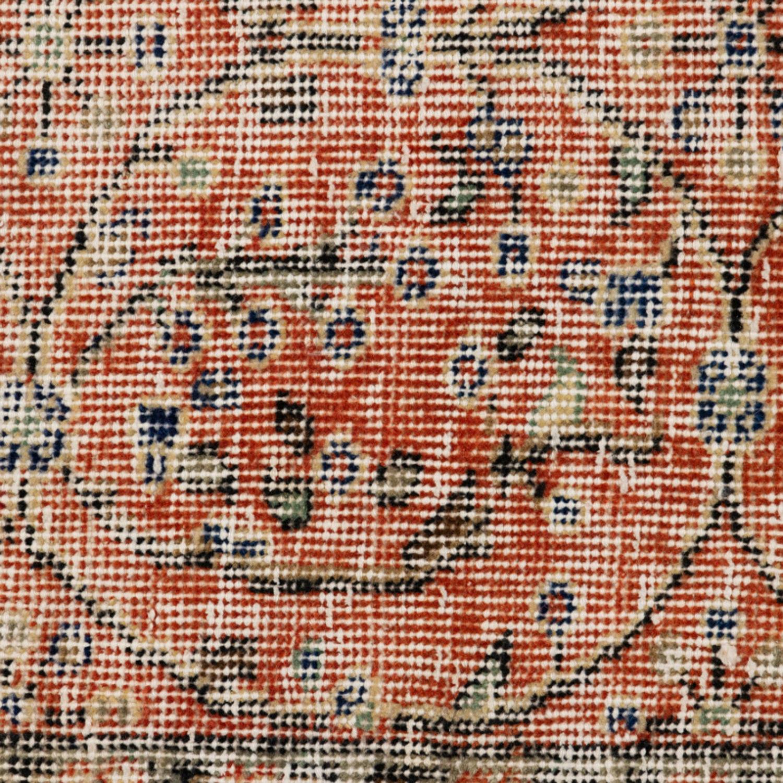 Vintage Red Floral 25516