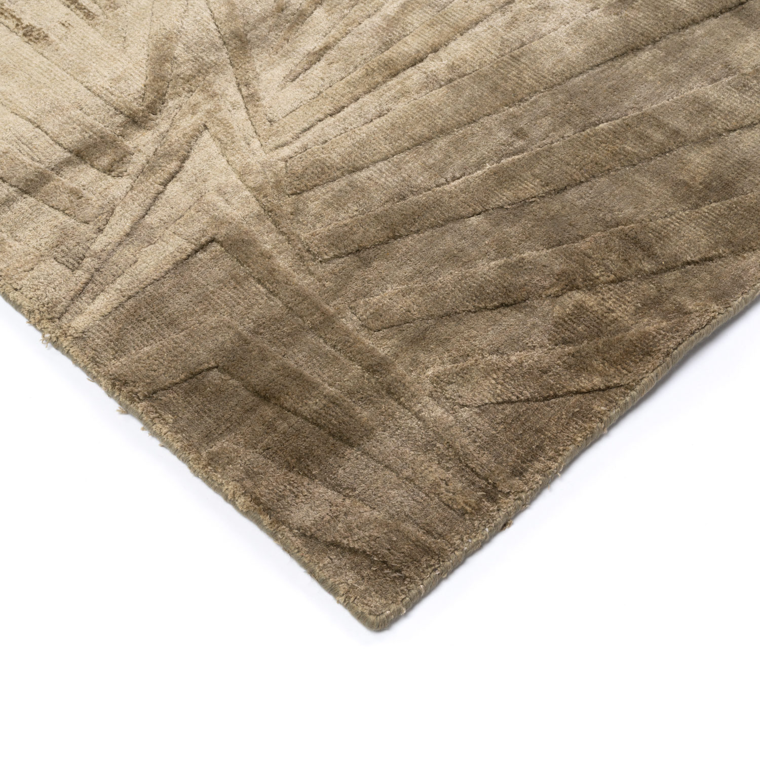 A sophisticated radient rug available in a vast range of colours