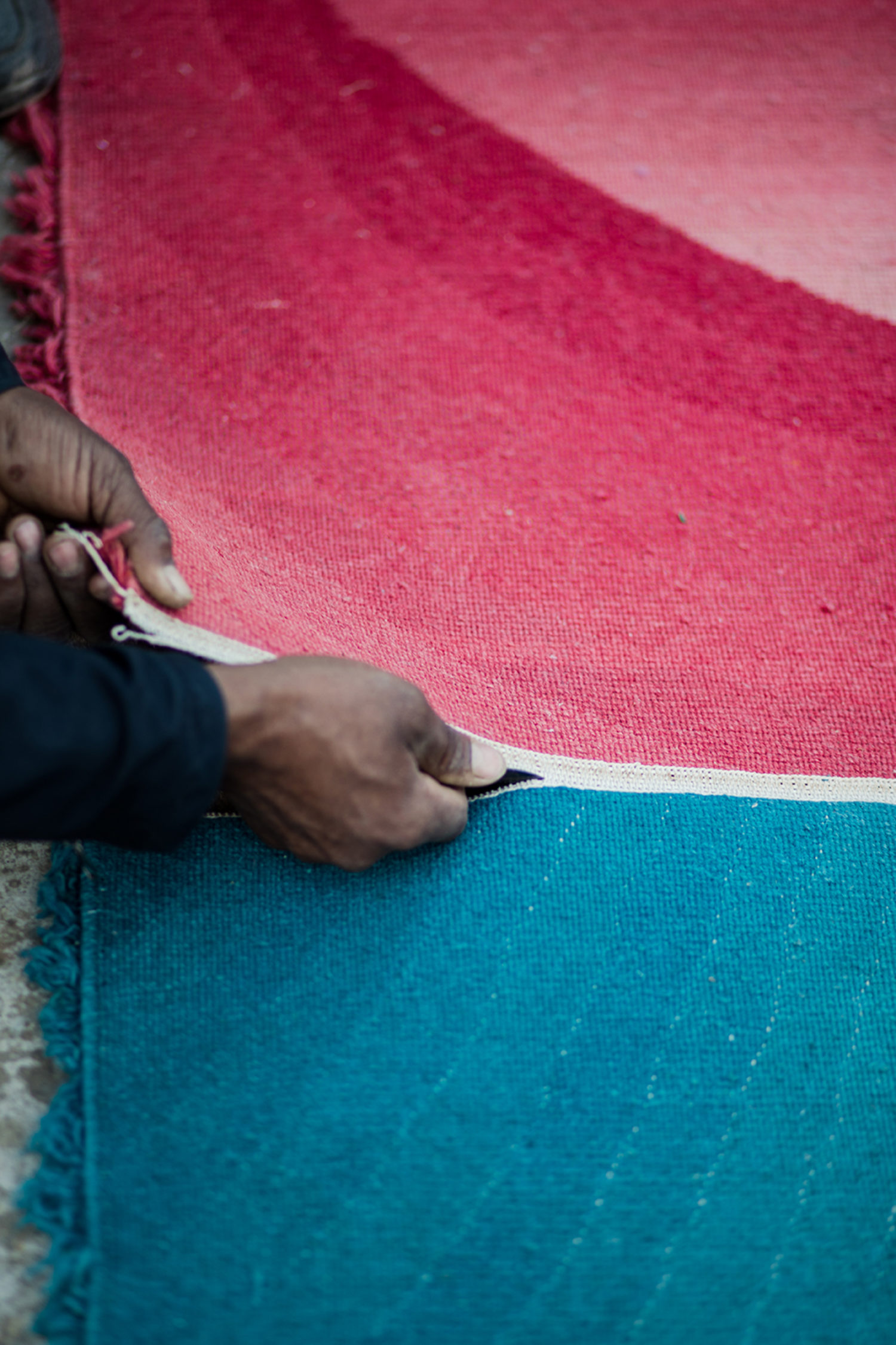 Customise rug sizes, colours and designs
